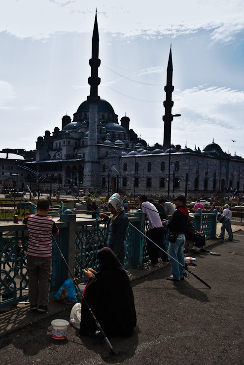 Istanbul. The people. The place. One day across the streets…